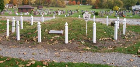 gnadenhutten_massacre_mass_grave